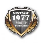 1977 Year Dated Vintage Shield Retro Vinyl Car Motorcycle Cafe Racer Helmet Car Sticker 100x90mm